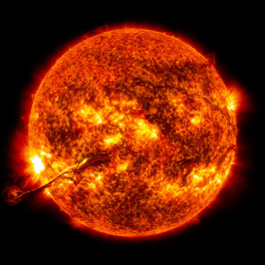 01 nasa sun 02 905 Europe takes solar storm preparedness measures
